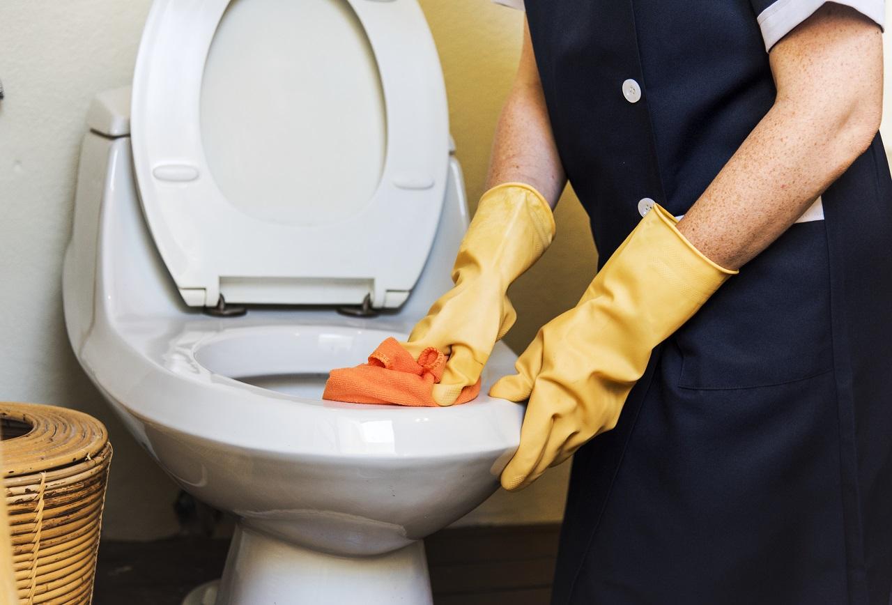 Cuidados básicos en el trabajo para el control de la dermatitis atópica en manos
