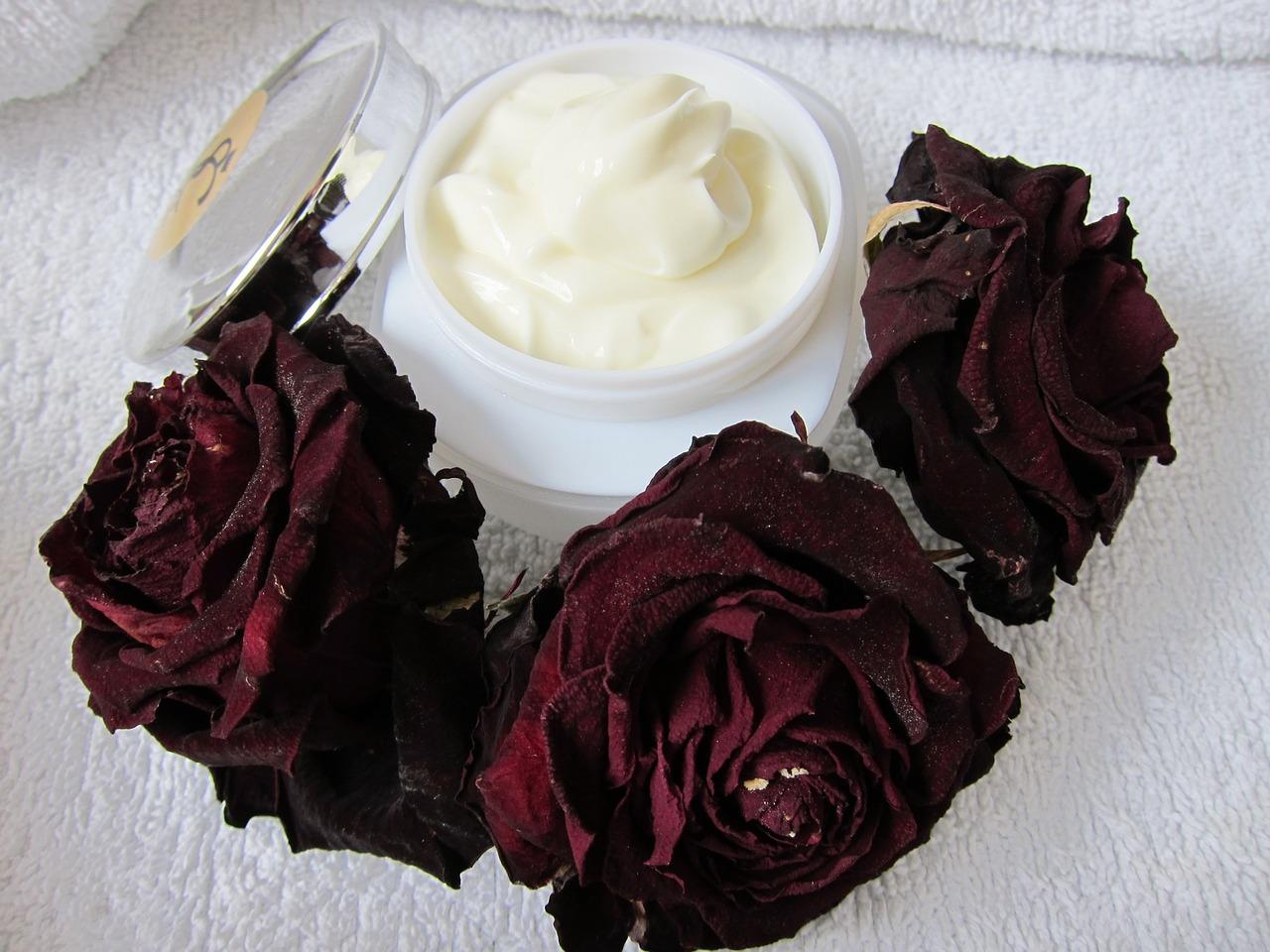 Qué tipo de crema hidratante es buena para la dermatitis en las manos