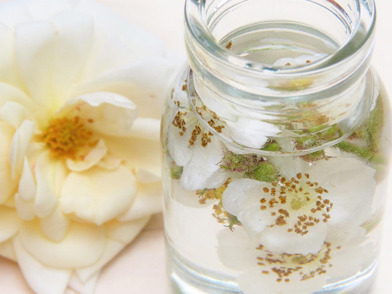 La famosa agua de rosas
