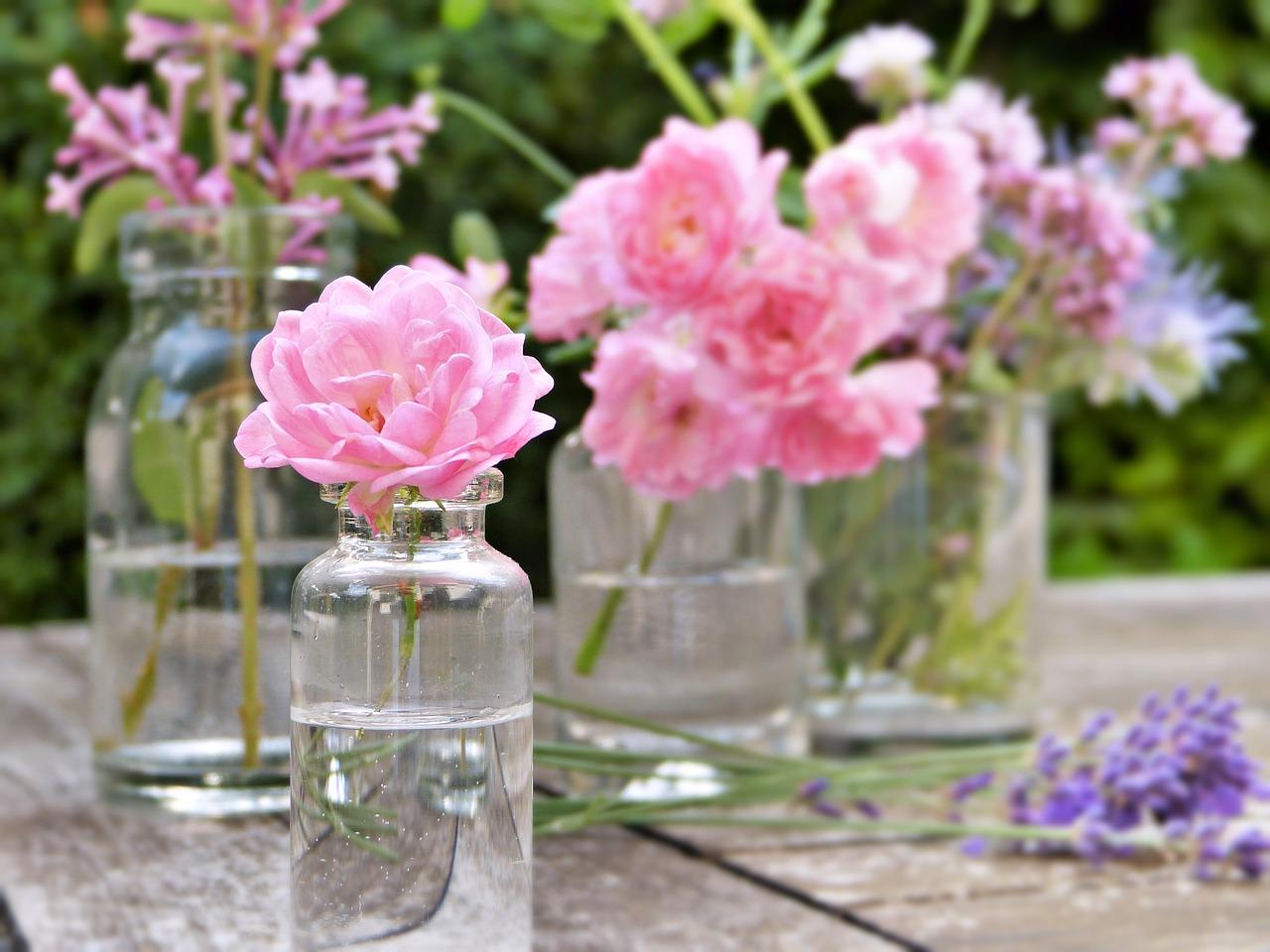 Métodos para emplear el agua de rosas